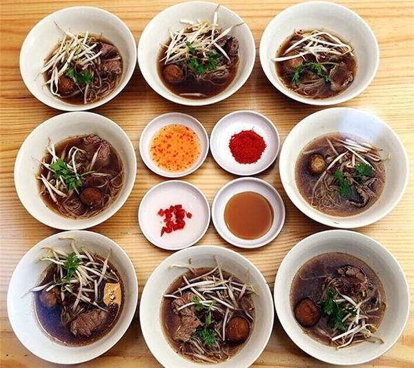 Mì súp Thái - 8 Boat Noodle, Dương Bá Trạc, quận 8.(Ảnh: Internet)