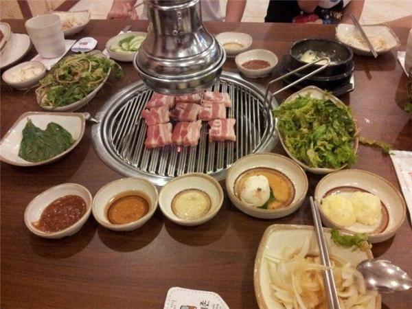 Sườn nướng Hàn Quốc – Đệ Nhất Sườn Nướng, Võ Văn Tần, quận 3.(Ảnh: Internet)