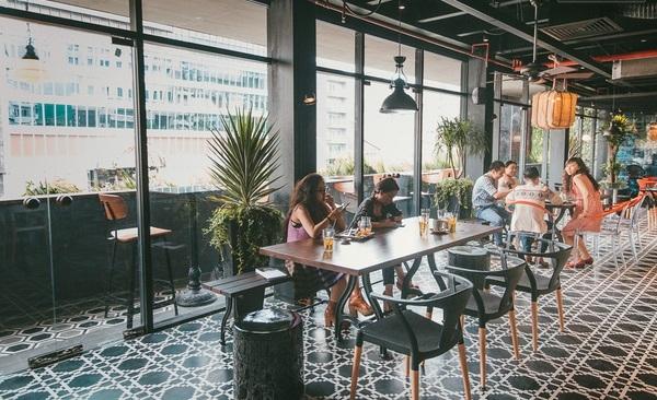 Một quán cà phê có thiết kế tối giản và thời thượng.(Ảnh: Internet)