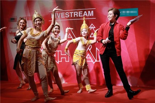 Gil Lê quyết tâm chinh phục nghiệp MC - Tin sao Viet - Tin tuc sao Viet - Scandal sao Viet - Tin tuc cua Sao - Tin cua Sao