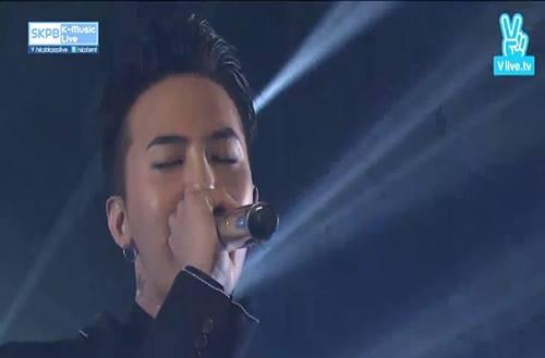 Big Bang hát lại