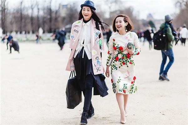 Trâm Nguyễn hội ngộ cùng người mẫu Thùy Trang.