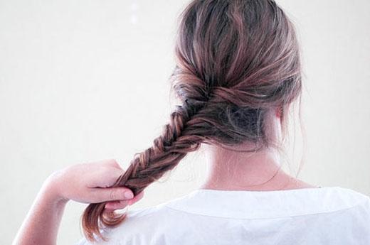 Tóc bím đuôi sam - Chân thành và thực tế. (Ảnh: Internet)