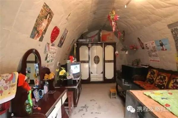 Nội thất bên trong ngôi nhà vẫn không khác gì những ngôi nhà trên mặt đất khác. (Nguồn Internet)