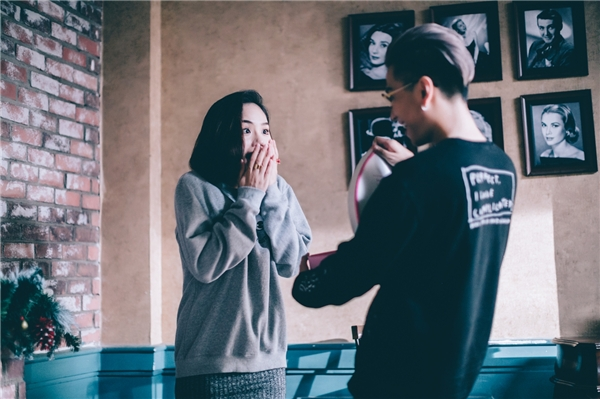 Vì vậy, ê –kíp và Only C quyết định đầu tư một MV cho bài hát. - Tin sao Viet - Tin tuc sao Viet - Scandal sao Viet - Tin tuc cua Sao - Tin cua Sao