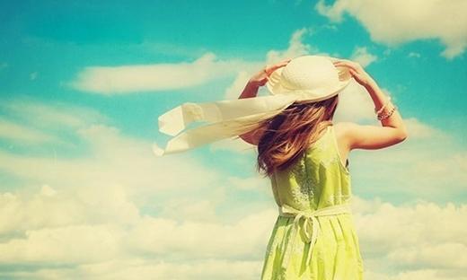 Bạn hay mơ mộng khi yêu. (Ảnh: Internet)