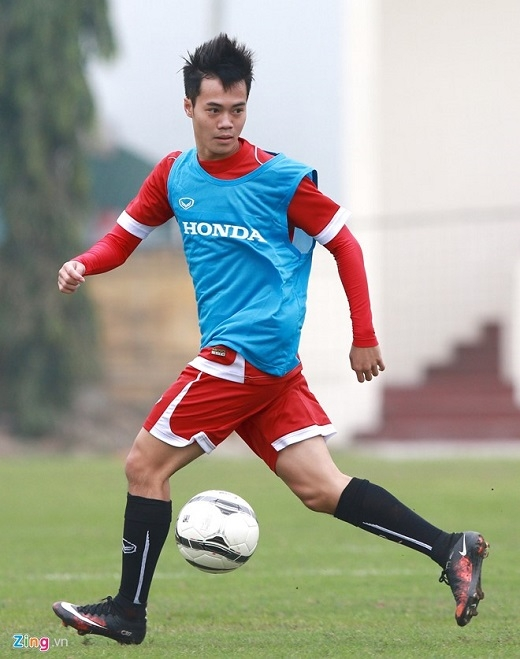 Văn Toàn vẫn duy trì được tốc độ và sự nhanh nhẹn dù vừa kết thúc vòng đấu thứ 4 ở V.League. Đội bóng phố núi có 1 trận thắng, 1 trận hòa và 2 lần thất bại, giành được 4 điểm và đang đứng thứ 7 trong tổng số 14 đội dự giải.