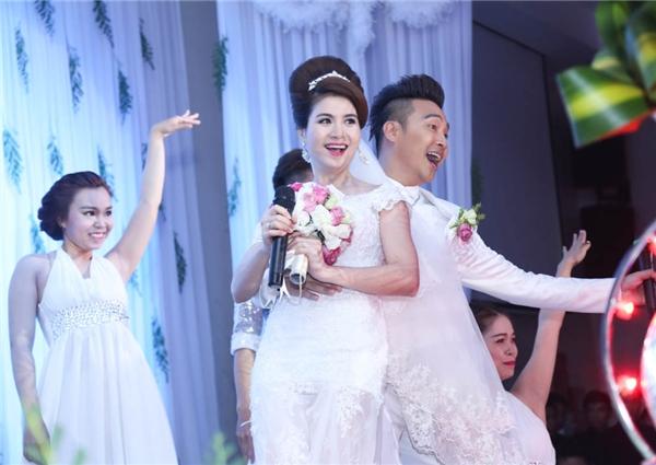 Đong đầy cung bậc cảm xúc trong đám cưới Kha Ly - Thanh Duy - Tin sao Viet - Tin tuc sao Viet - Scandal sao Viet - Tin tuc cua Sao - Tin cua Sao