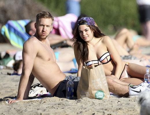 Chân dài bốc lửaAarika Wolf từng là người yêu cũ của anh.(Ảnh: Internet)   Sau mối tình vỡ vớiRita Ora, Calvin quyết tâm không hợp tác âm nhạc với Taylor.(Ảnh: Internet)