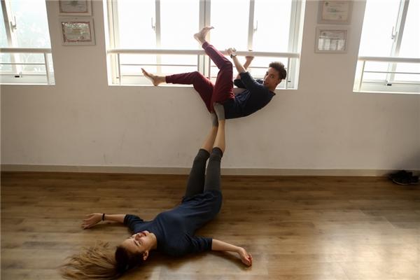 S.T sẽ thể hiện phần nhảy thông qua các vũ điệu Tango, Jazz và Rumba. - Tin sao Viet - Tin tuc sao Viet - Scandal sao Viet - Tin tuc cua Sao - Tin cua Sao