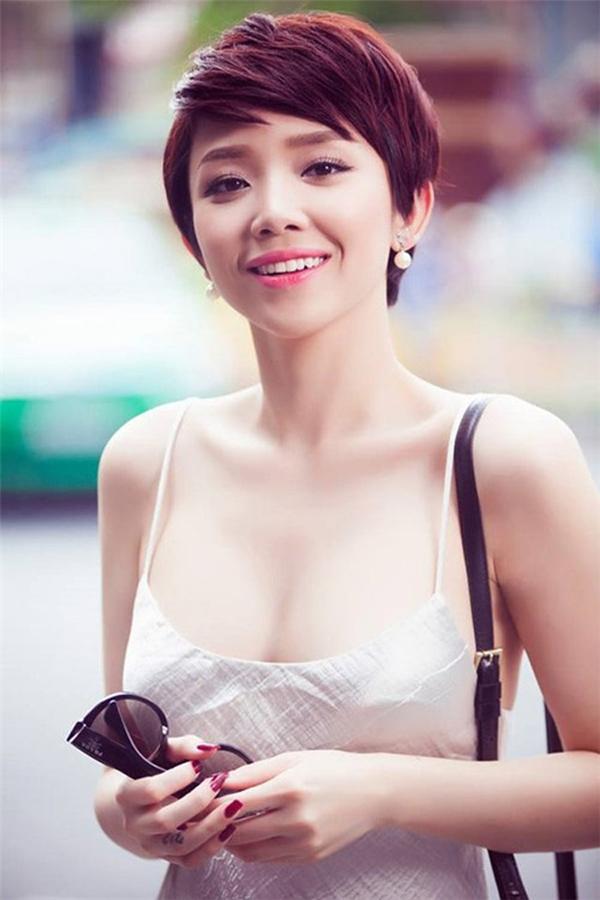 Người hâm mộ có thể thấy một Tóc Tiên nữ tính và trưởng thành. - Tin sao Viet - Tin tuc sao Viet - Scandal sao Viet - Tin tuc cua Sao - Tin cua Sao