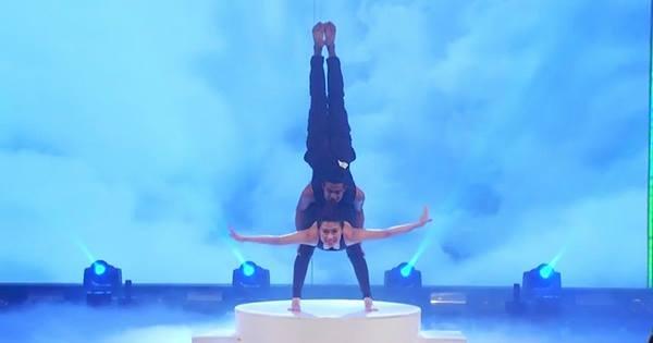 Trấn Thành phấn khích với màn thi yoga của thí sinh nước ngoài