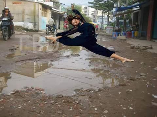 """Một bức ảnh """"khó đỡ"""" nữacủa Quỳnh Mai được cư dân mạng chuyền tay.(Ảnh: Internet)"""
