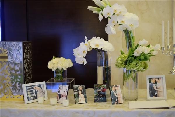 Không gian tiệc cưới sử dụng hai tông màu: trắng, xanh làm chủ đạo làm nhiều người liên tưởng đến khung cảnh thiên đường thơ mộng. - Tin sao Viet - Tin tuc sao Viet - Scandal sao Viet - Tin tuc cua Sao - Tin cua Sao