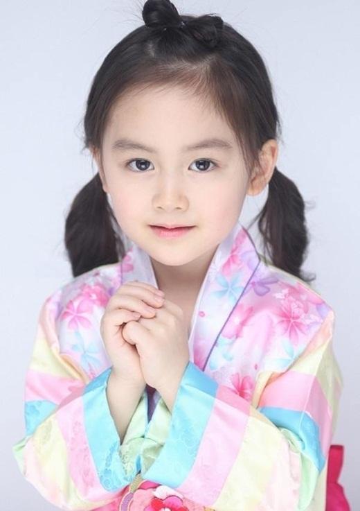 """Da Youngcòn được nhiều người gọi là """"tiểuYoona"""" của xứ kim chi.(Ảnh: Internet)"""