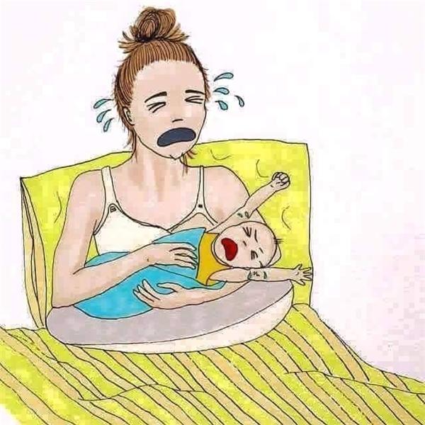 Mỗi lần con khóc, lòng mẹ cũng không yên và không ngủ được. (Ảnh: Internet)