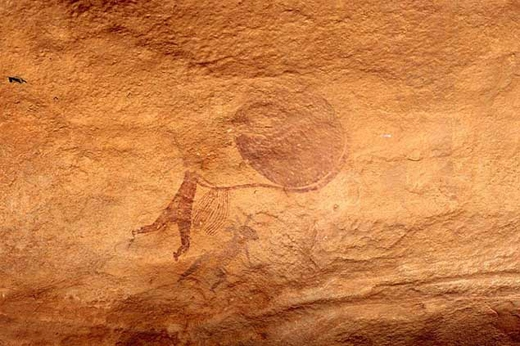 Nhiều người tin rằngnhững vật thể có dạng tròn phía sau các chân dung nàylà đĩa bay của người ngoài hành tinh.(Ảnh: Internet)