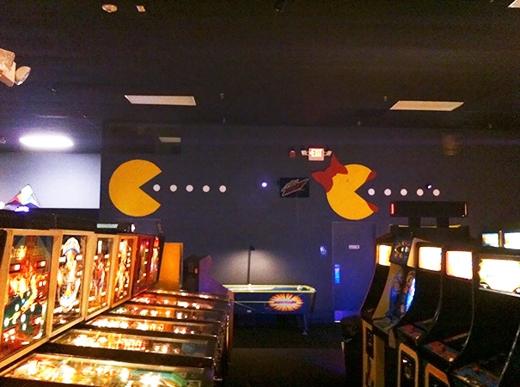 Nhân vật Pacman cũng được lấyý tưởng làm biển hiệu nhà vệ sinh.(Ảnh: Internet)