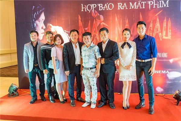 Với thể loại kinh dị, ly kì và hài hước, Mặt nạ máu được dự đoán sẽ trở thành một trong những bộ phim ăn khách trong mùa hè năm 2016. - Tin sao Viet - Tin tuc sao Viet - Scandal sao Viet - Tin tuc cua Sao - Tin cua Sao