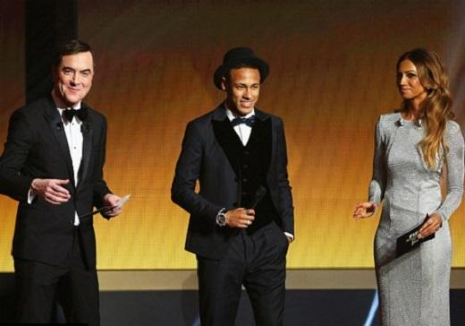 """Neymar (giữa) chỉ giành được """"Quả bóng đồng""""... (Ảnh: Internet)"""