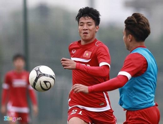 Tiến Dũng là cầu thủ hiếm hoi thi đấu ở giải hạng Nhất được triệu tập lên ĐTVN.