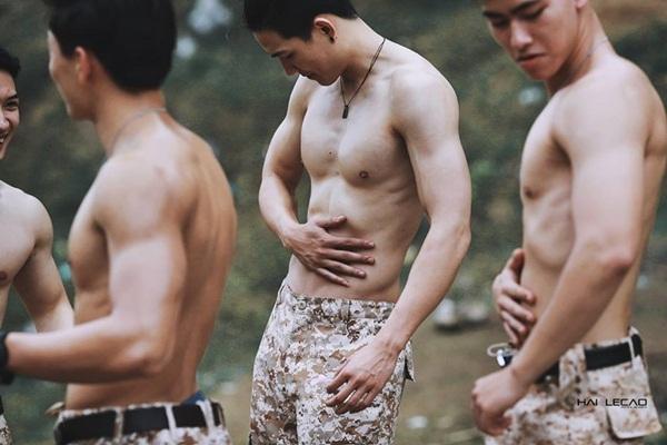 """Ngắm dàn trai 6 múi lung linh trong bản cover """"Hậu duệ mặt trời"""" phiên bản Việt đang gây sốt"""