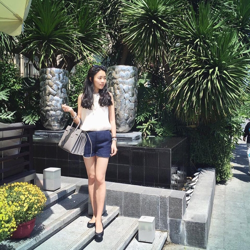 Phong cách thời trang trẻ trung, năng động của Hoa khôi FPT