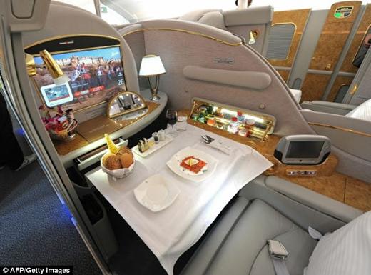 Khoang hạng sang trên phi cơ mạ vàng(Ảnh: Internet)