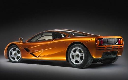 Dát vàng lên xe hơi mới thể hiện ai giàu hơn ai. (Ảnh: Internet)