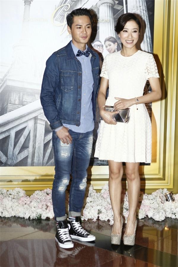 Hoa đán TVB Dương Di đã bí mật làm đám cưới với tình trẻ?