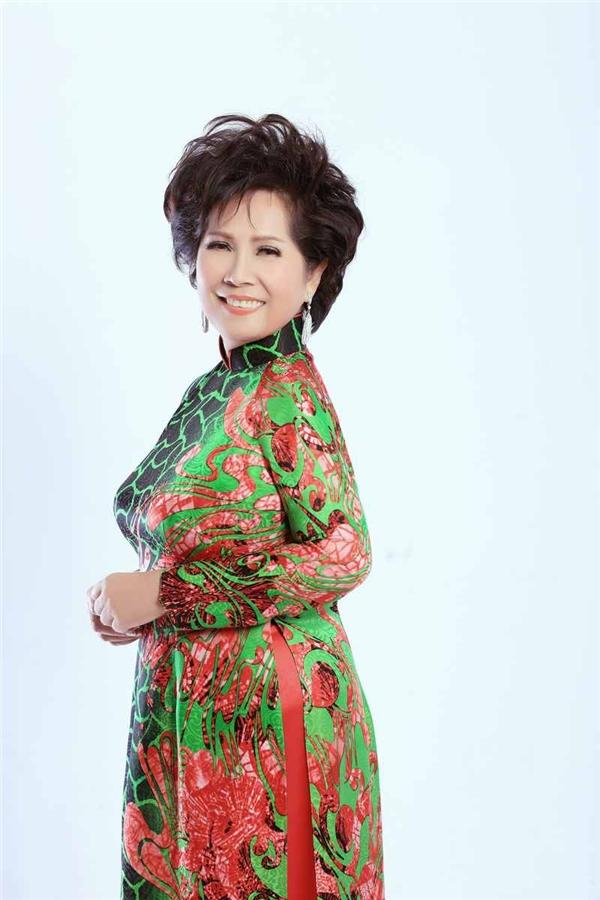 Trong đó, Phương Dung cho biết cô đặt niềm tin vào Chi Dân bởi Biết đâu tìm là một ca khúc nhiều kỉ niệm đối với cô. Lần đầu cô trình diễn bài hát này dưới sự hướng dẫn của nhạc sĩ Hoàng Thi Thơ, trong một chuyến lưu diễn xa nhà. Khi ấy, Phương Dung mới tròn 17 tuổi và lúc nào đi hát cũng có mẹ theo kèm…