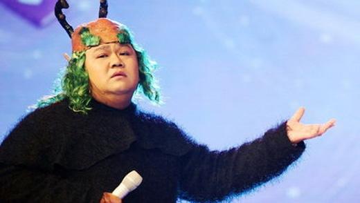 Dù phải bù tới 4 tỉ nhưng Minh Béo vẫn quyết không từ bỏ sân khấu.(Ảnh: Internet)