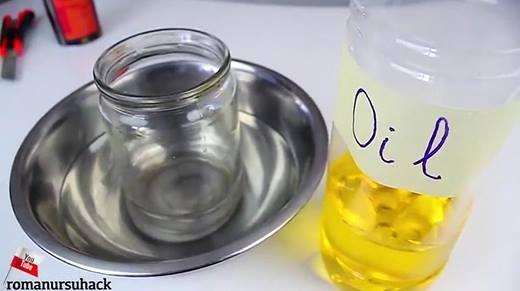 Trố mắt với cách dùng dầu ăn để... cắt đôi lọ thủy tinh