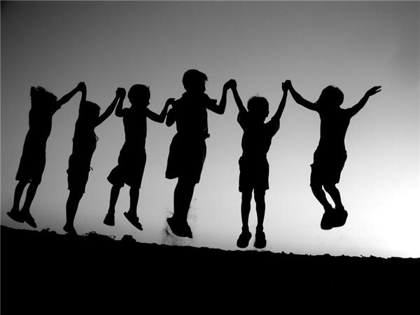 Tình bạn luôn là một trong những điều quý giá nhất cuộc đời này.(Ảnh: Internet)