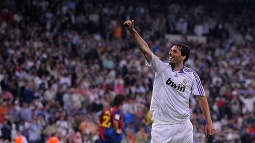 Ruud van Nistelrooy | Real Madrid | 4 bàn.(Ảnh: Internet)