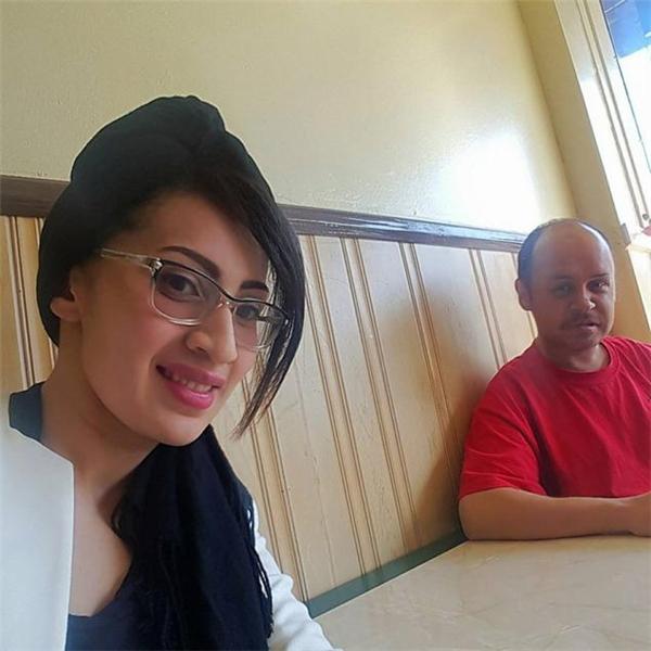 Cô chủ Cesia và người đàn ông vô gia cư Marcus (Ảnh: Internet)