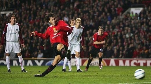 =4. Ruud van Nistelrooy | 7 bàn thắng. (Ảnh: Internet)