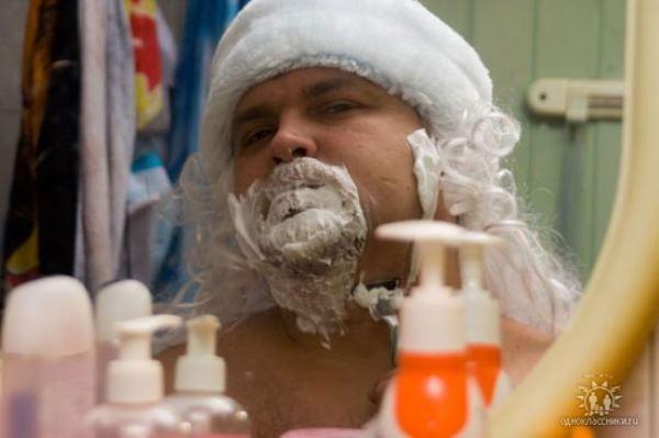 Ông già Noel cũng cần có thời gian cạo râu mỗi sáng phải không nào? (Ảnh: Internet)