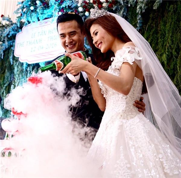 Thúy Diễm lộng lẫy như công chúa trong đám cưới ở quê chồng - Tin sao Viet - Tin tuc sao Viet - Scandal sao Viet - Tin tuc cua Sao - Tin cua Sao