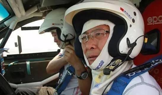 Được ngồi sau tay lái là niềm hạnh phúc của ông Lương. (Ảnh: Internet)
