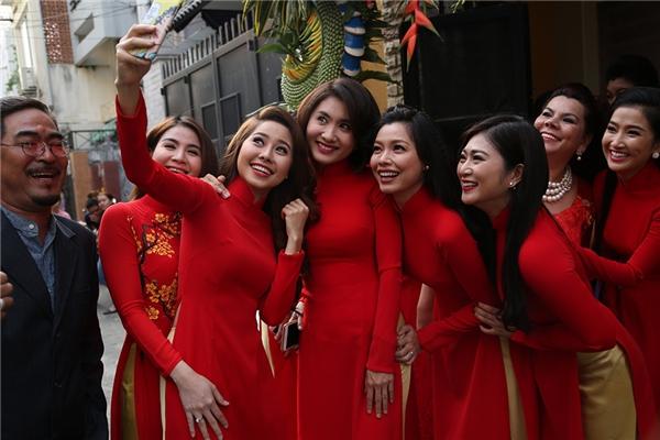 Dàn dâu phụ cũng là nữ những diễn viên xinh đẹp và tài năng như Kha Ly, Nguyệt Ánh, Tường Vy, Thanh Trúc, Tường Lam,.. - Tin sao Viet - Tin tuc sao Viet - Scandal sao Viet - Tin tuc cua Sao - Tin cua Sao