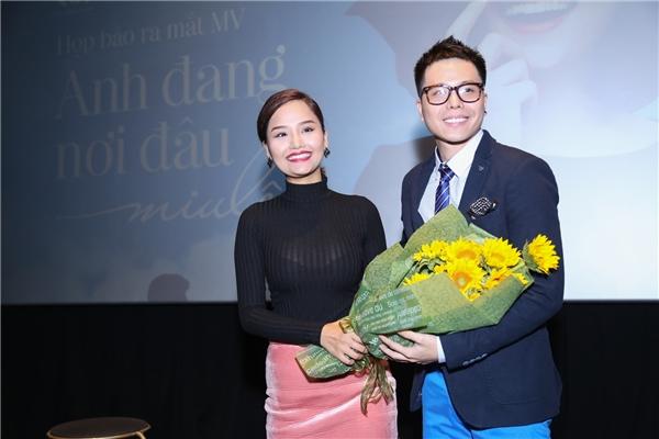 """Trịnh Thăng Bình thông báo việc anh và Miu Lê chính thức """"một nhà""""."""