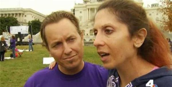 Rachael khỏe mạnh bên người chồng trung thành của cô và gửi lời cảm ơn đến các ân nhân của mình. (Ảnh: nbclosangeles.com)