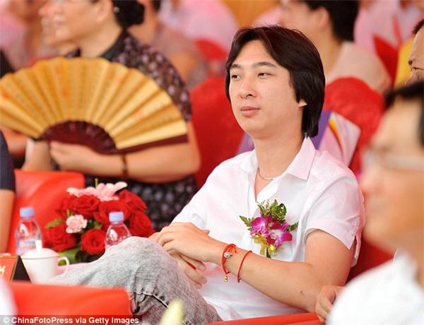 Chân dung chàng đại thiếu gia hào phóng Vương Tư Thông (Ảnh: Getty Images)
