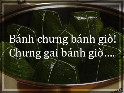 """Nghe thấy tiếng rao """"bánh chưng bánh giò"""", nhiều ngườilại nghĩ thương cho người bán. Đã khuya rồi mà vẫn có người đạp chiếc xe đạp quanh các hẻm nhỏ Sài Gòn để kiếm miếng ăn.(Ảnh: Internet)"""
