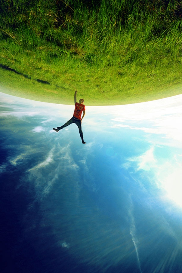 Bị thổi bay ra khỏi bề mặt Trái Đất. (Ảnh: Bored Panda)