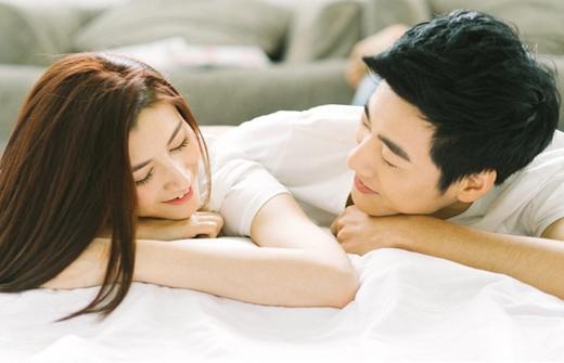 Những chia sẻ, quan tâm sẽ giúp hai trái tim xích lại gần nhau hơn.(Ảnh: Internet)