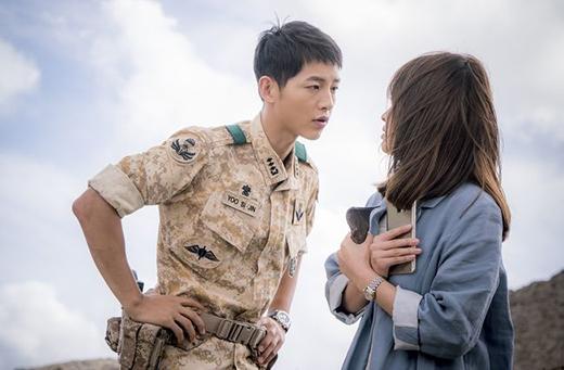 Song Joong Ki ngày càng nổi tiếng sau vai diễn đại úy Shi Jin