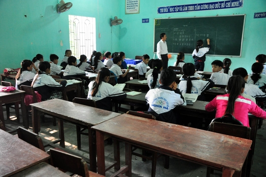 Lớp 6B, trường THCS xã Nghĩa Hà trống vắng sau sự việc 9 học sinh tử vong vì đuối nước. Ảnh: T.Trực