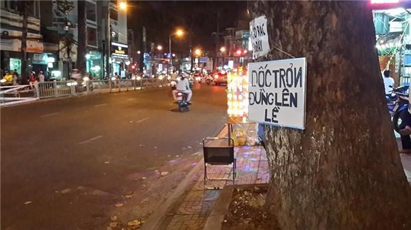 Bà con mình chú ý nhé...(Ảnh: Made In Saigon)